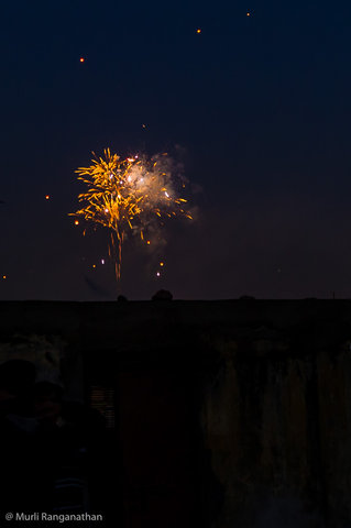 Name:  fireworks-1-4.jpg Views: 116 Size:  17.4 KB