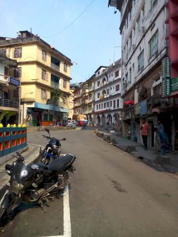 Name:  5 Phunsholing Market.jpg Views: 260 Size:  45.6 KB