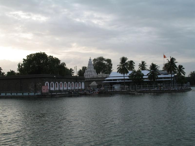 Solapur India  city pictures gallery : Pune or Solapur India Travel Forum | IndiaMike.com