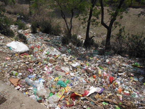 Name:  Garbage3.jpg Views: 41 Size:  100.5 KB