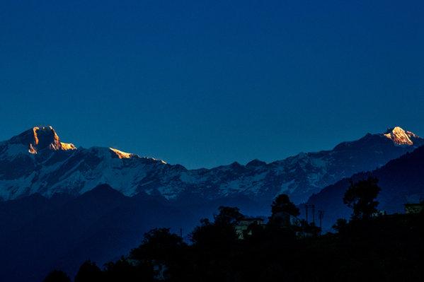 Name:  Sunrise-at-Ukhimath.jpg Views: 65 Size:  25.5 KB