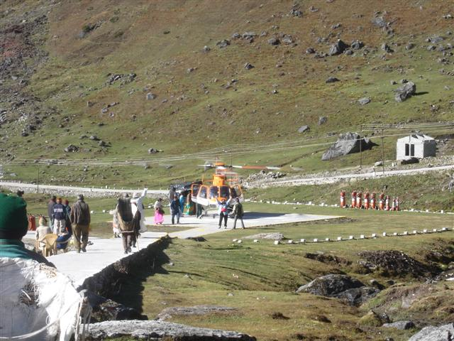 Helicopter pad at kedarnath (Small).jpg